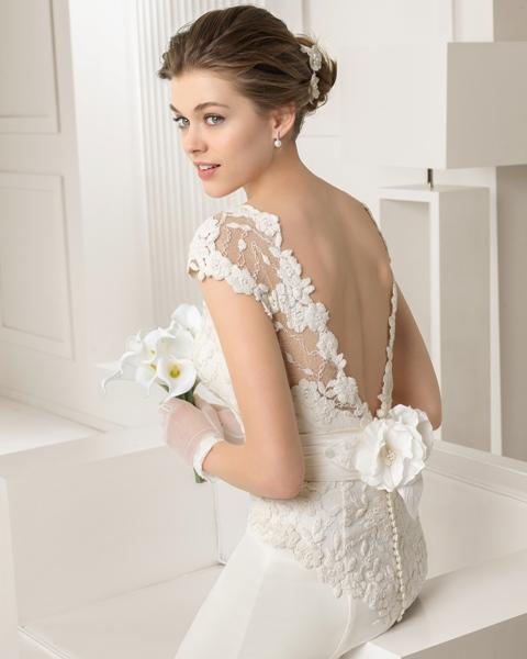 Mẫu áo cưới hở lưng khoét sâu 2015