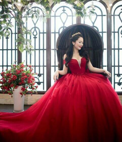 May áo cưới – Mẫu áo cưới may sẵn tháng 5 cập nhật liên tục