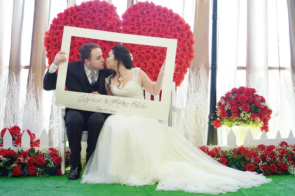 Hai mẫu áo cưới đặt may của Cô dâu Thảo Đoàn