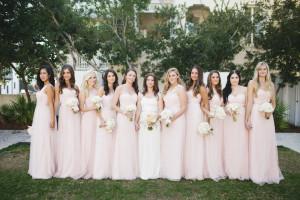 Váy phụ dâu suôn dài màu hồng phấn