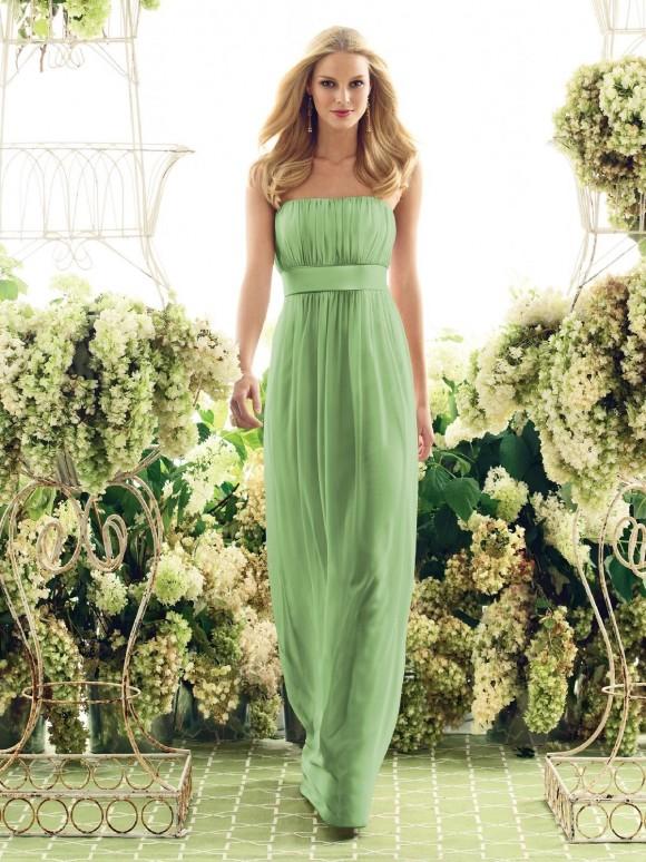 Váy cưới màu mint dành cho mùa xuân