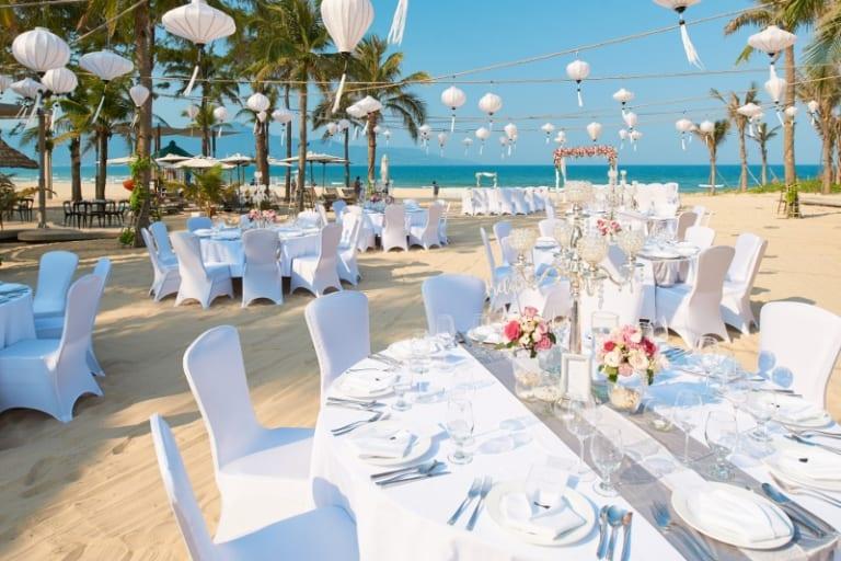 Dịch vụ chụp ảnh tiệc cưới truyền thống